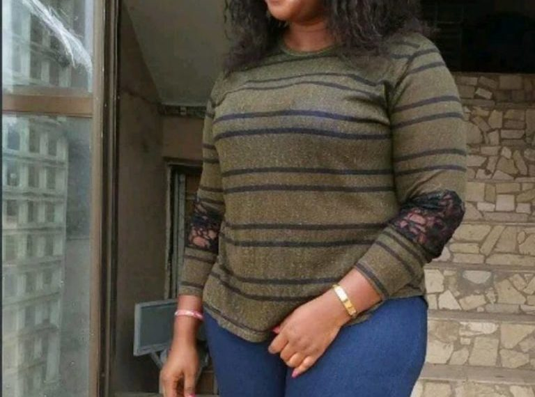 Sugar Mummy on Whatsapp Group, Meet and Date Rich Sugar Mummies